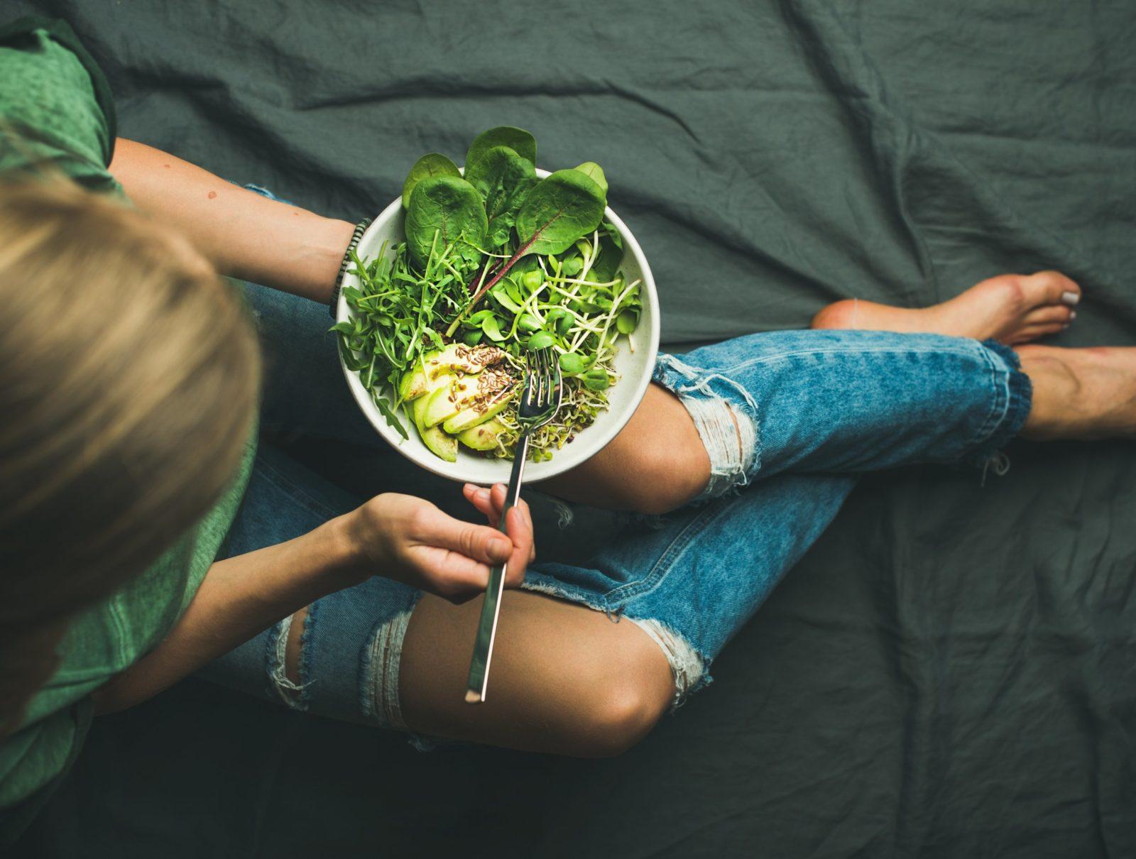 в чем разница между веганом и вегетарианцем