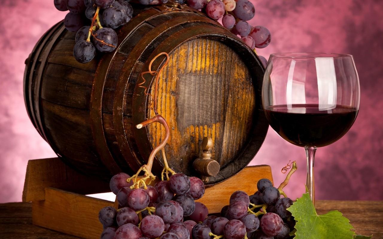 В чем польза для здоровья красного вина?