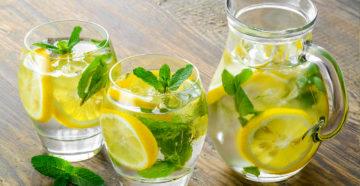 Очистка с лимонной водой