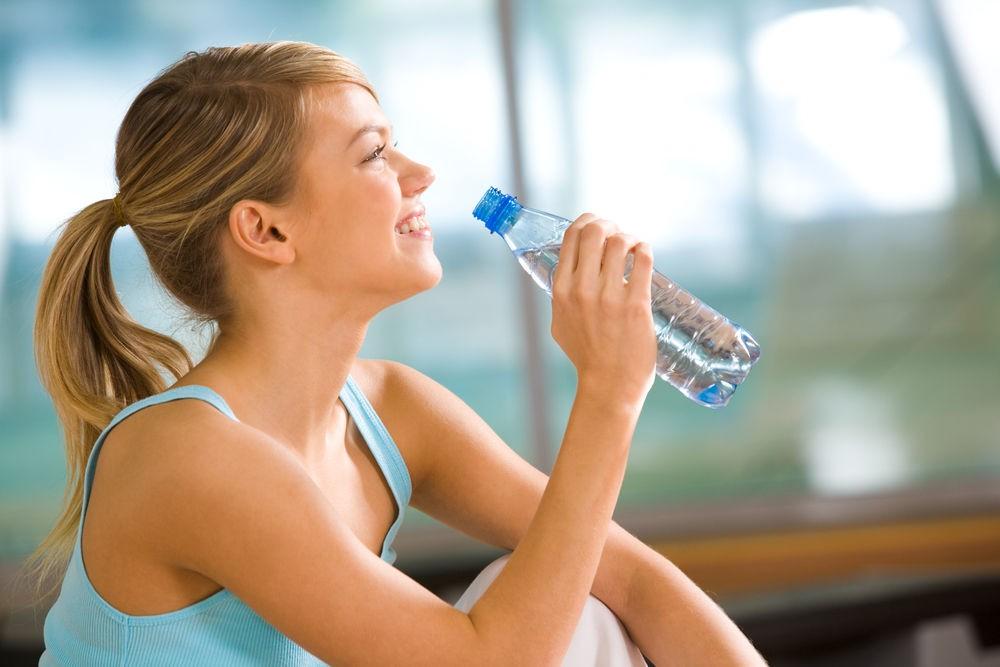 Поможет ли похудеть водное голодание?