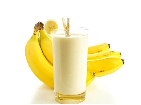 Польза бананового сока для кожи, волос и здоровья.